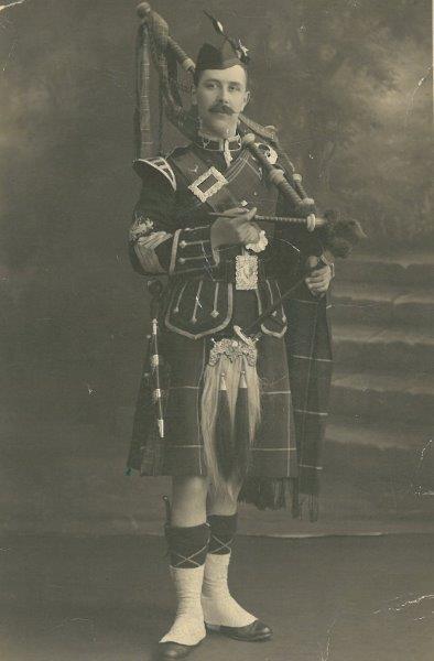 Piper William 'Mac' Mckenzie